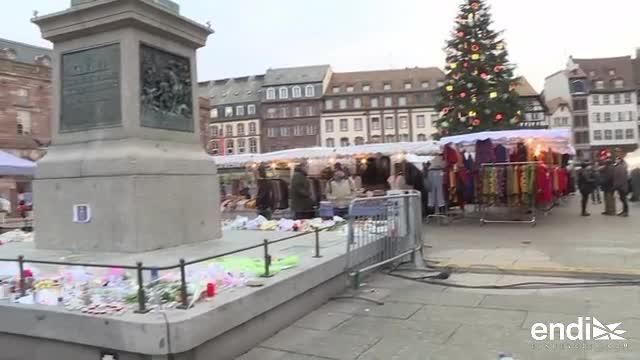 Estrasburgo reabre famoso mercado navideño tras días de angustia