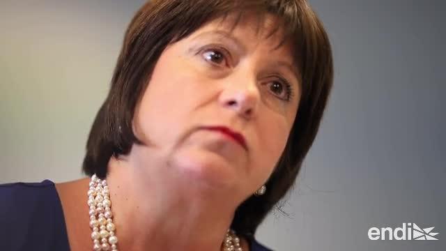 Natalie Jaresko defiende la ley Promesa