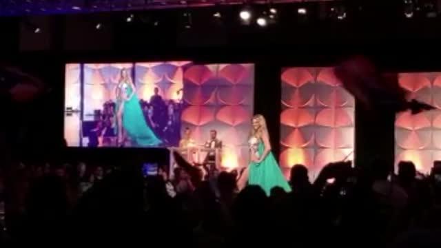 Madison Anderson brilla en bañador durante la preliminar de Miss Universe