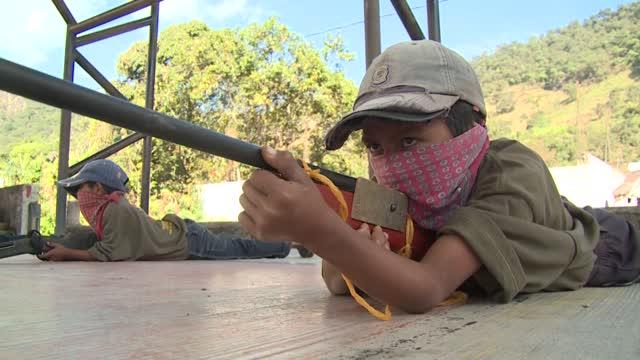 Niños y jóvenes se unen a la lucha contra el narcotráfico en México